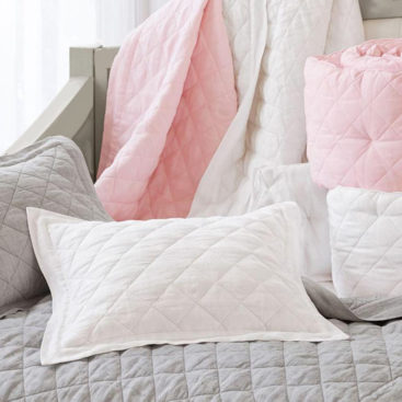 Linen cot quilt 3