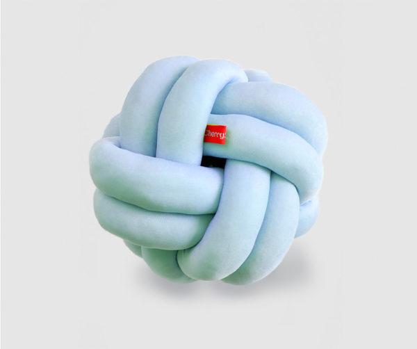 Knot cushion sky