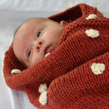 Pompom_baby_blanket_Holly_&_Jack_4_FB
